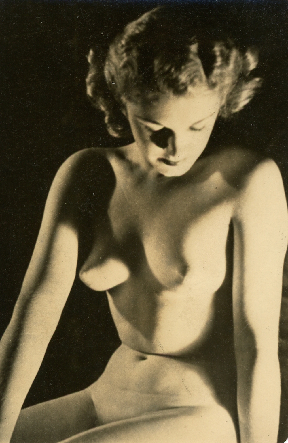 German women nude in black and white