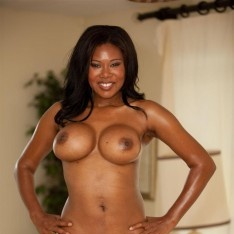 african american old woman naked