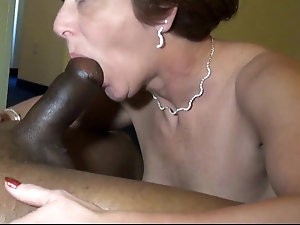 Lick my mature married bald pussy
